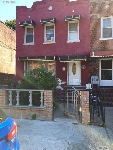 Photo of home for sale at 106-14 Ruscoe St, Jamaica NY