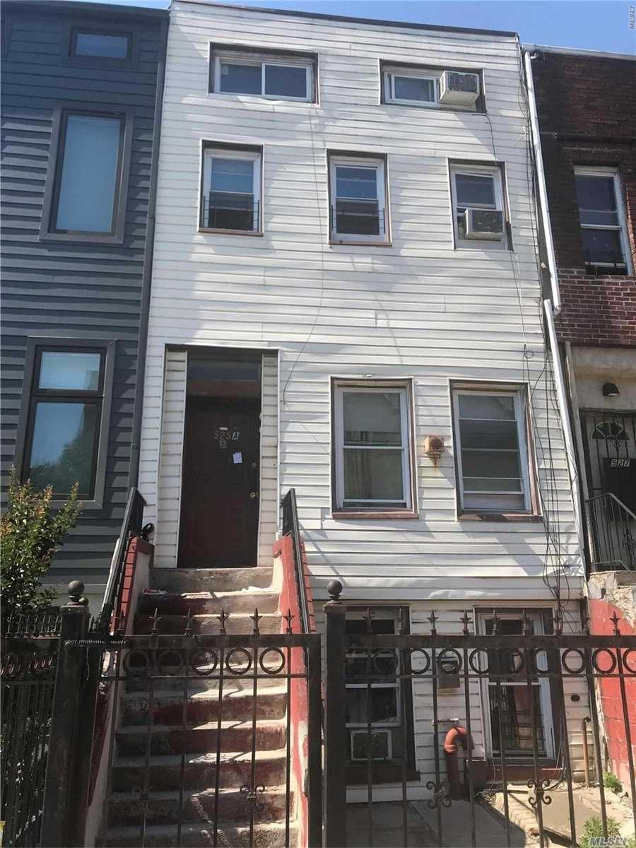 Photo of home for sale at 525A Quincy, Bed-Stuy NY