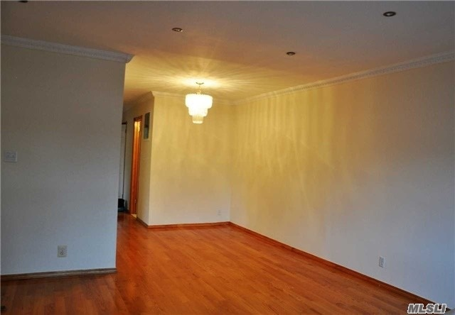 Photo of home for sale at 164-32 76th Ave, Flushing NY