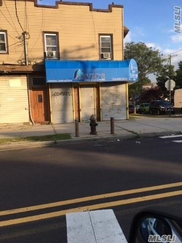 Photo of home for sale at 143-02 Lakewood Ave, Jamaica NY