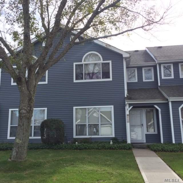 Photo of home for sale at 824 Birchwood Park Dr, Middle Island NY
