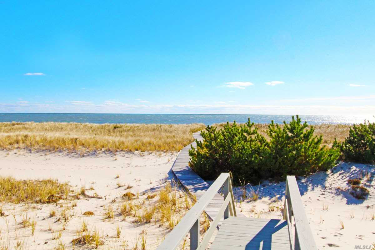 Property for sale at 279 Dune Rd, Westhampton Bch,  NY 11978