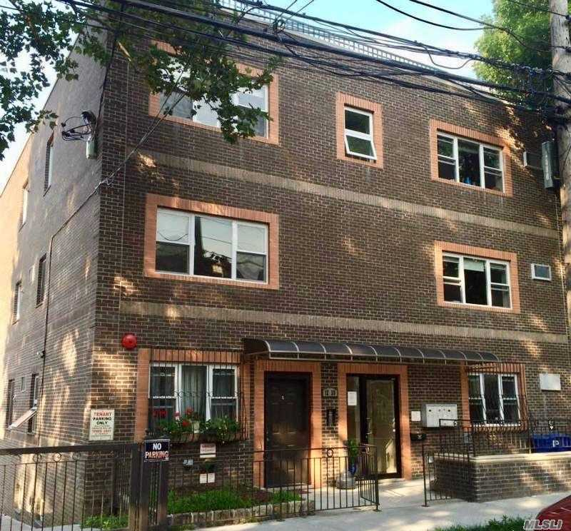 Photo of home for sale at 12-20 31 Dr, Astoria NY
