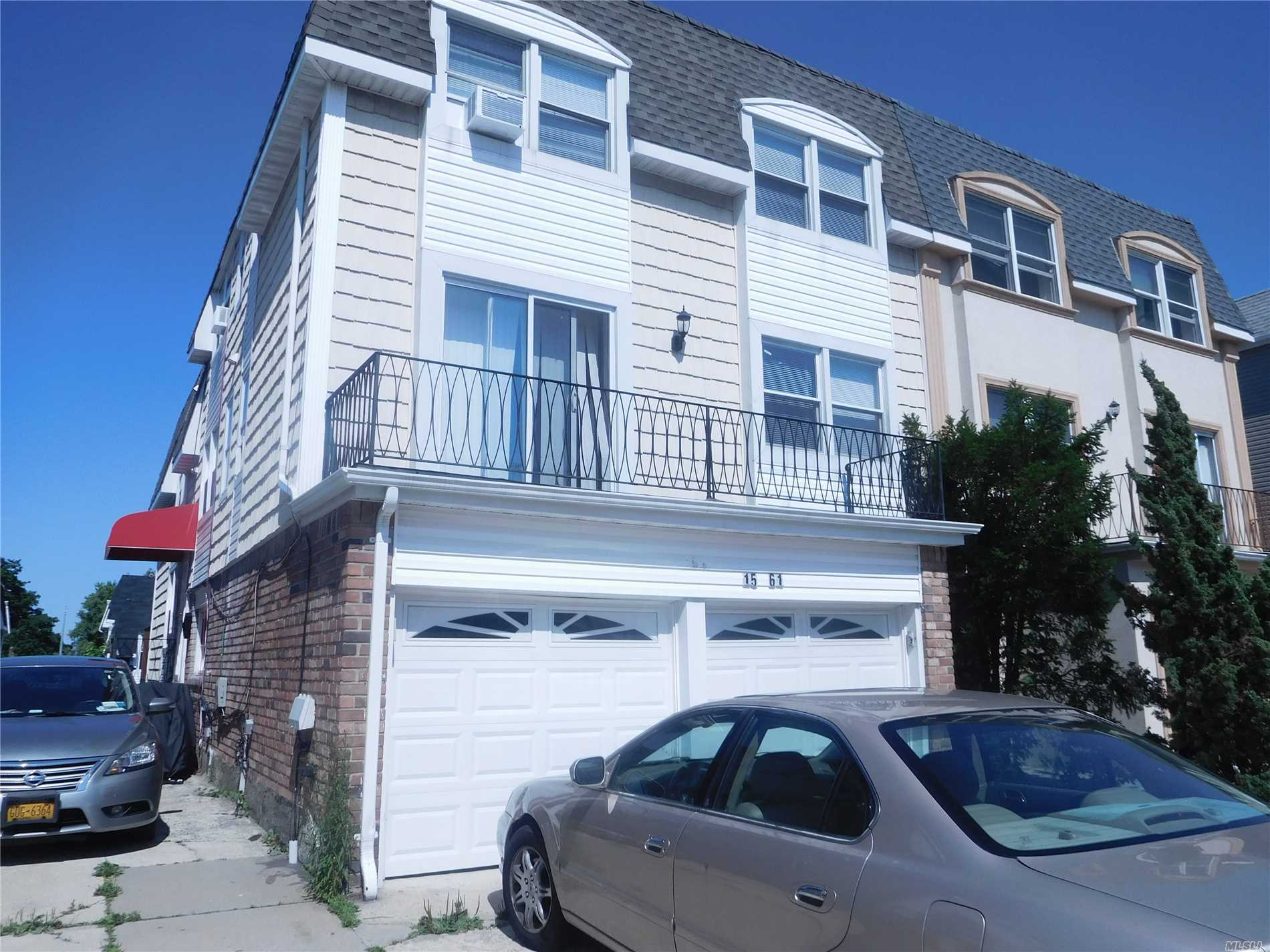 Photo of home for sale at 15-61 216th St, Bayside NY