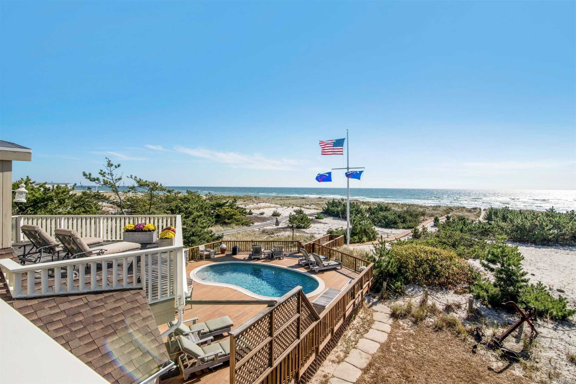 Photo of home for sale at 291 Dune Rd, Westhampton Bch NY