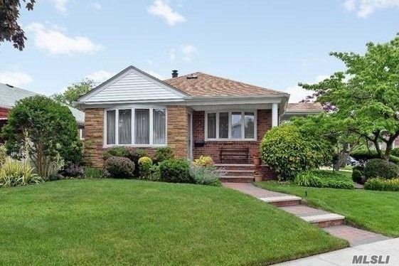 Photo of home for sale at 163-69 26 Ave, Flushing NY