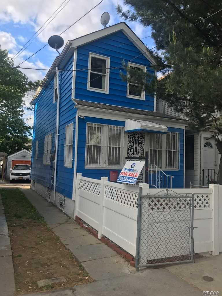 Photo of home for sale at 173-58 105th Ave, Jamaica NY