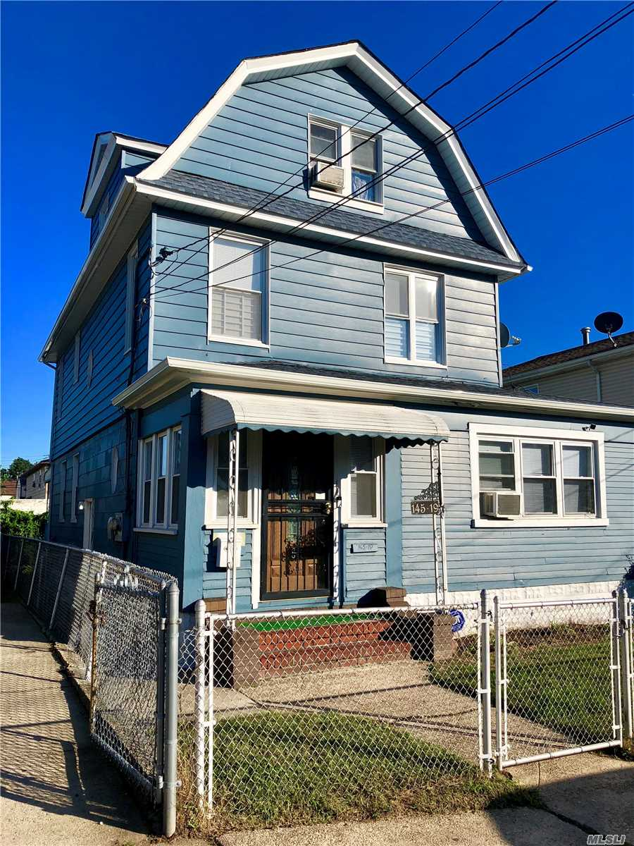 Photo of home for sale at 145-19 222nd St, Laurelton NY