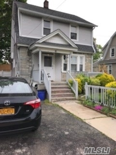 Photo of home for sale at 20 Ellison Ave, Freeport NY