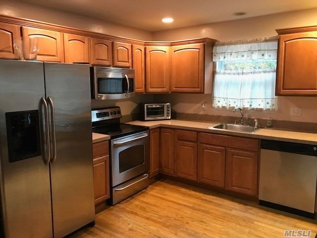 Photo of home for sale at 276 Orchid Dr, Mastic Beach NY