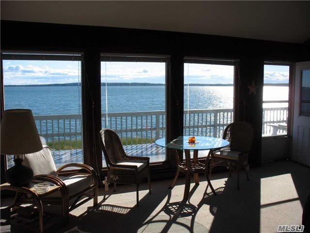Photo of home for sale at 1355 Watersedge Way, Southold NY