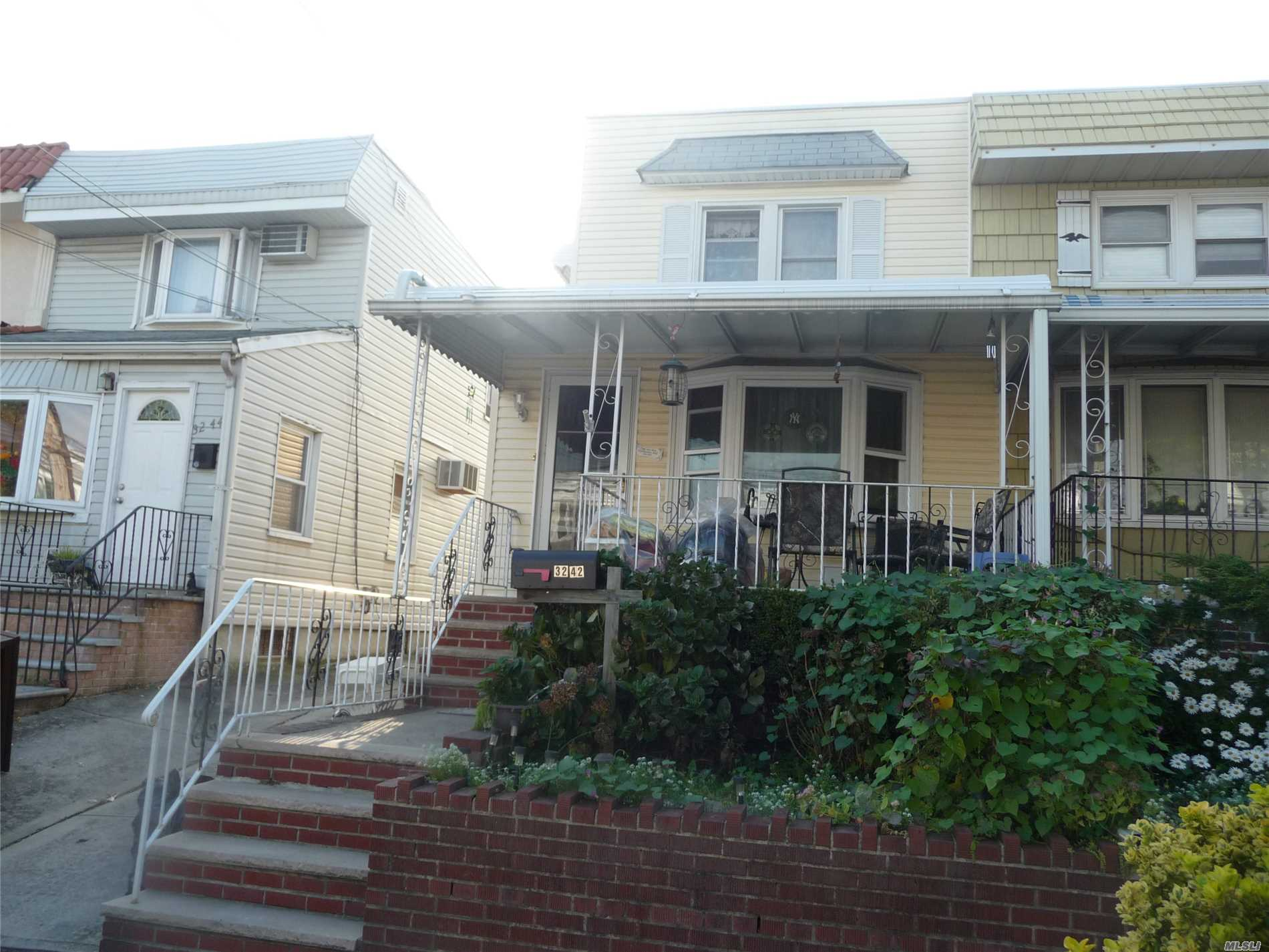 Photo of home for sale at 32-42 200th St, Bayside NY