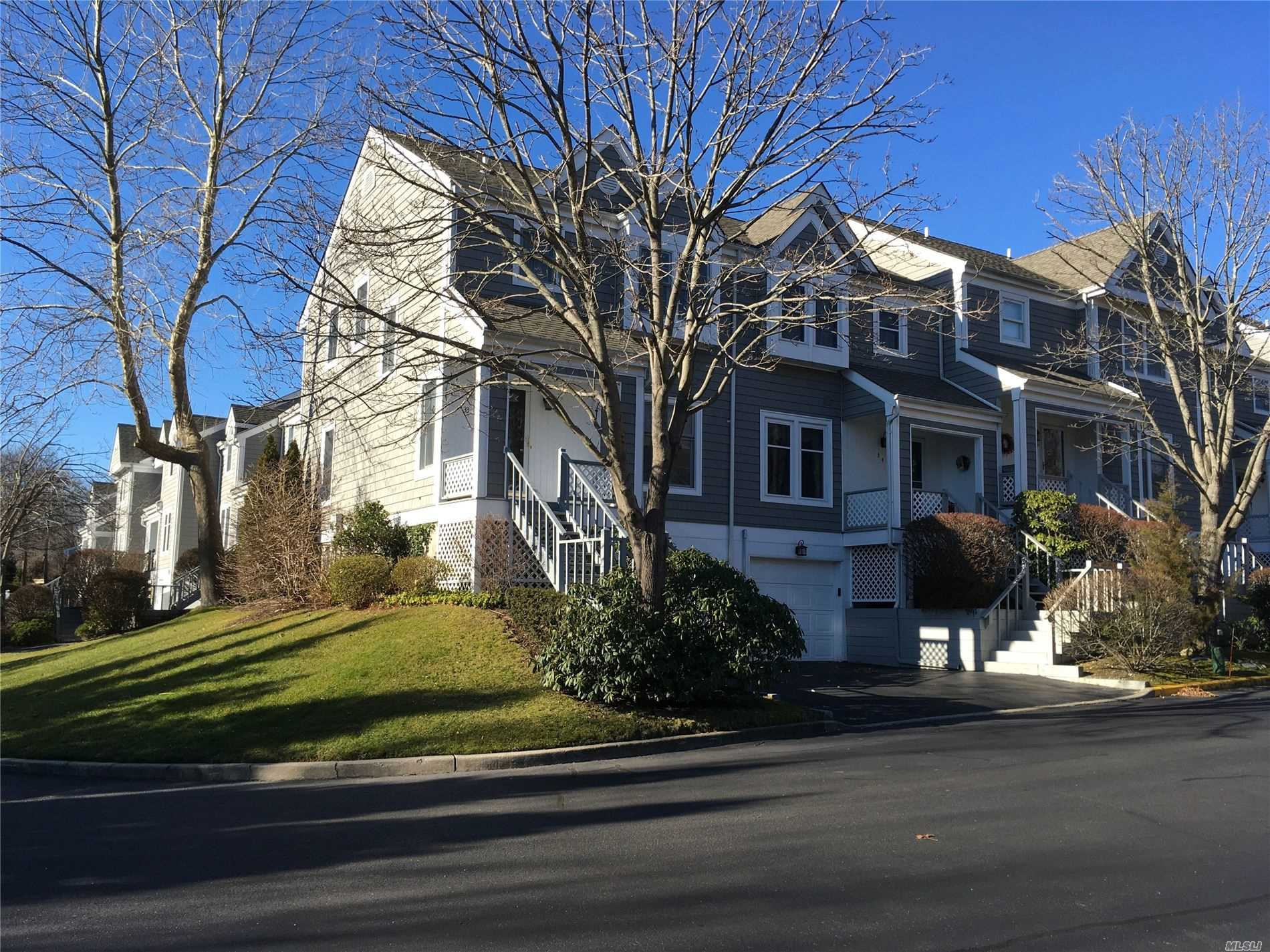 Property for sale at 33 Sea Court Ln, Port Jefferson,  New York 11777