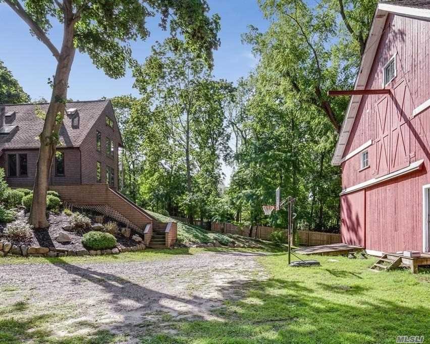 Photo of home for sale at 69 Main St, Setauket NY