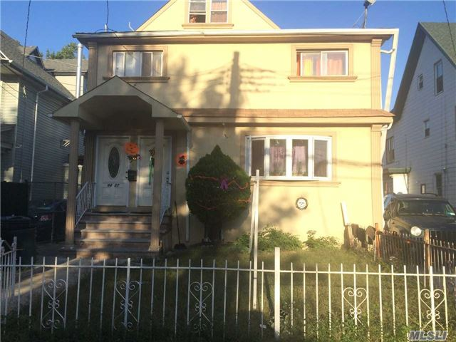 Photo of home for sale at 94-27 120 Street, Richmond Hill NY