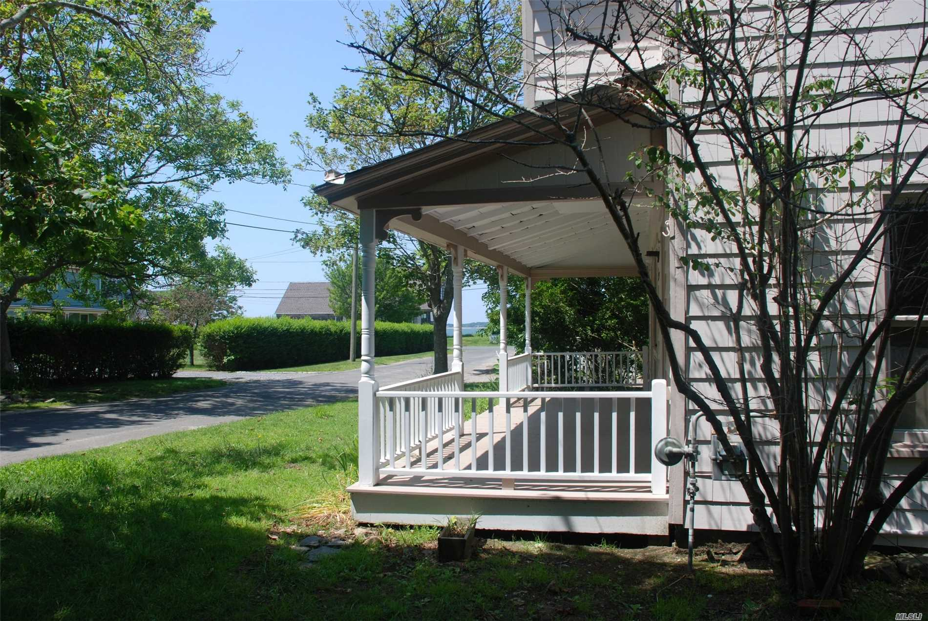 Photo of home for sale at 95 Navy St, Orient NY