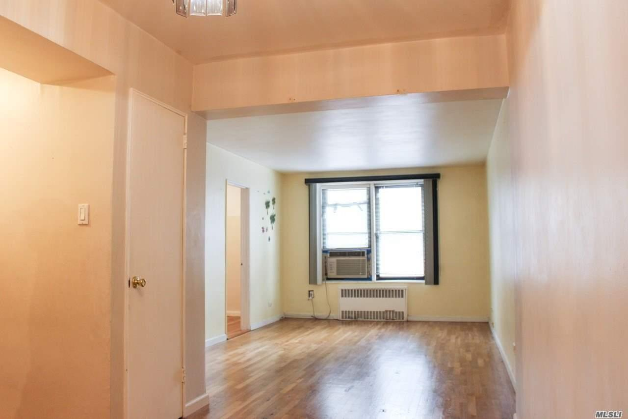 Photo of home for sale at 83-85 Woodhaven Blvd, Woodhaven NY