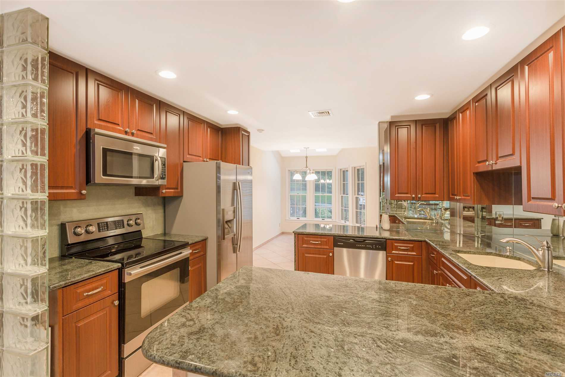 Property for sale at 203 Mountain Ridge Ct, Mt. Sinai,  NY 11766
