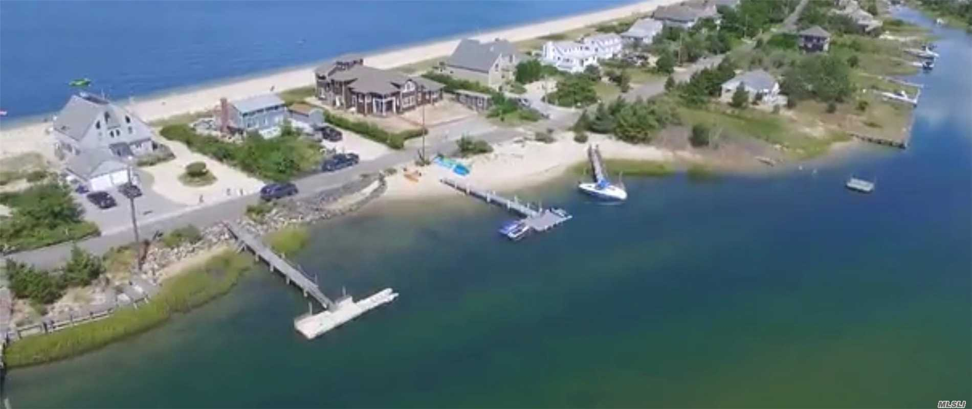 Photo of home for sale at 151 Cold Spring Pt Rd, Southampton NY