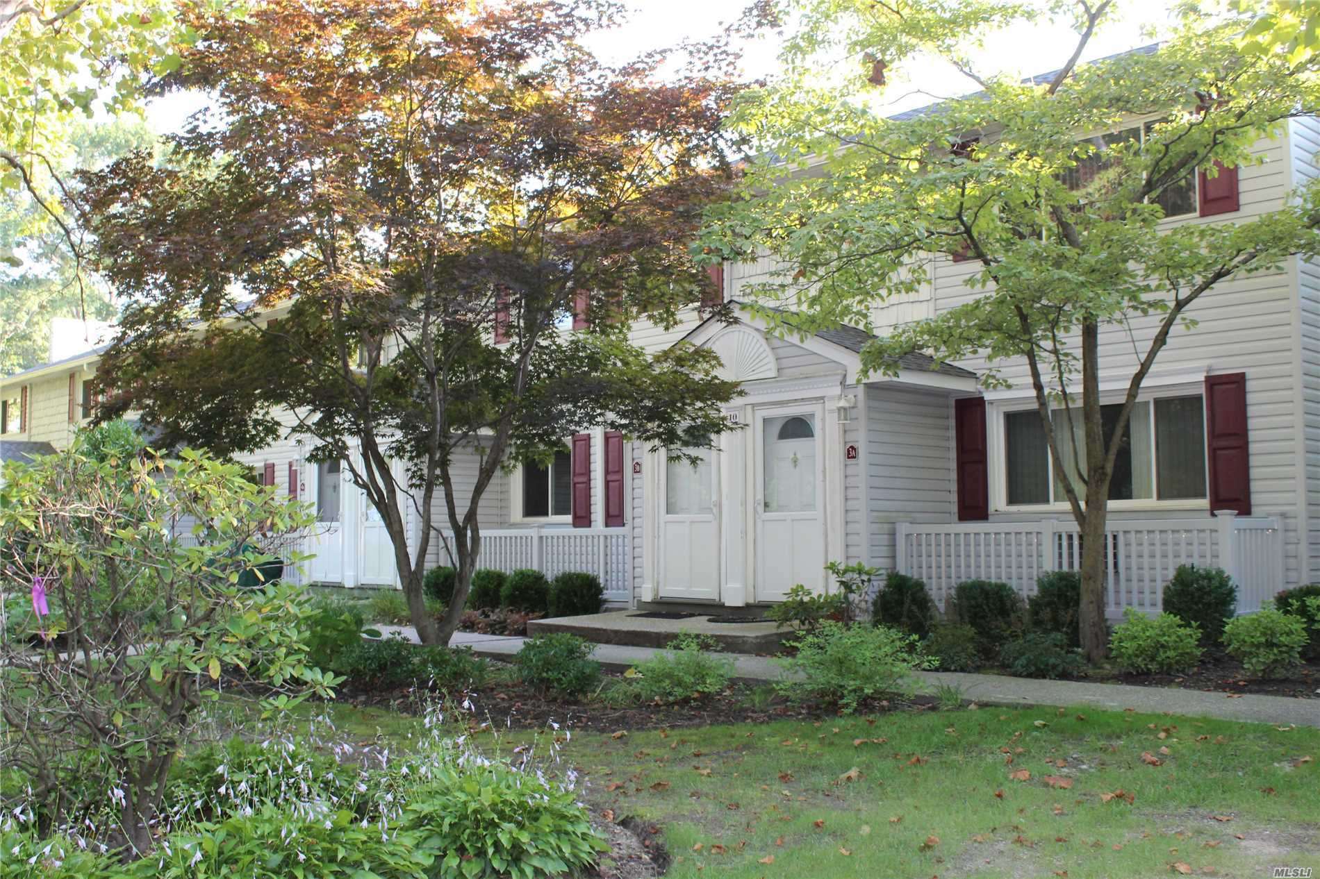 Property for sale at Smithtown,  NY 11787