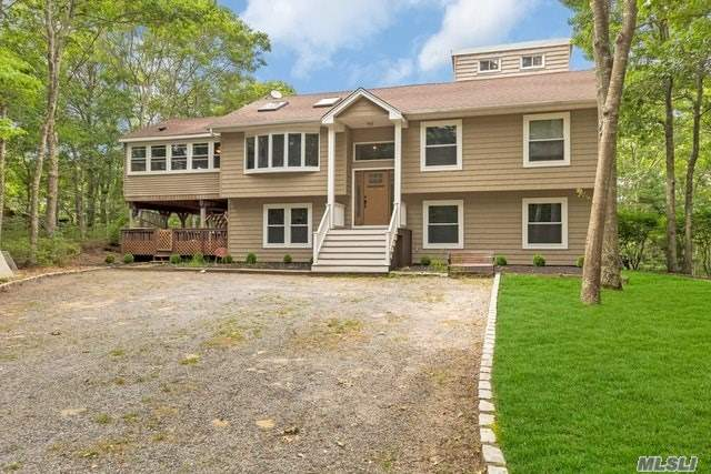 Photo of home for sale at 30 Squires Blvd, Hampton Bays NY