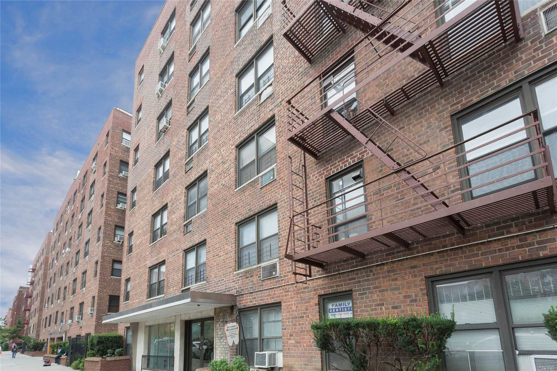 Photo of home for sale at 143-30 Roosevelt Ave, Flushing NY