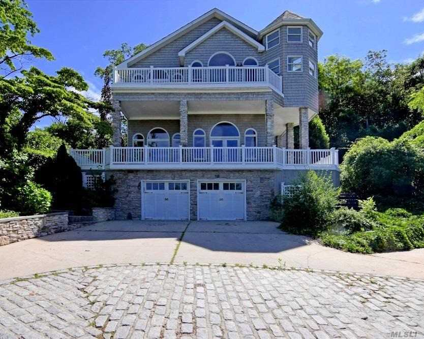 Photo of home for sale at 132 Shore Rd E, Huntington Bay NY
