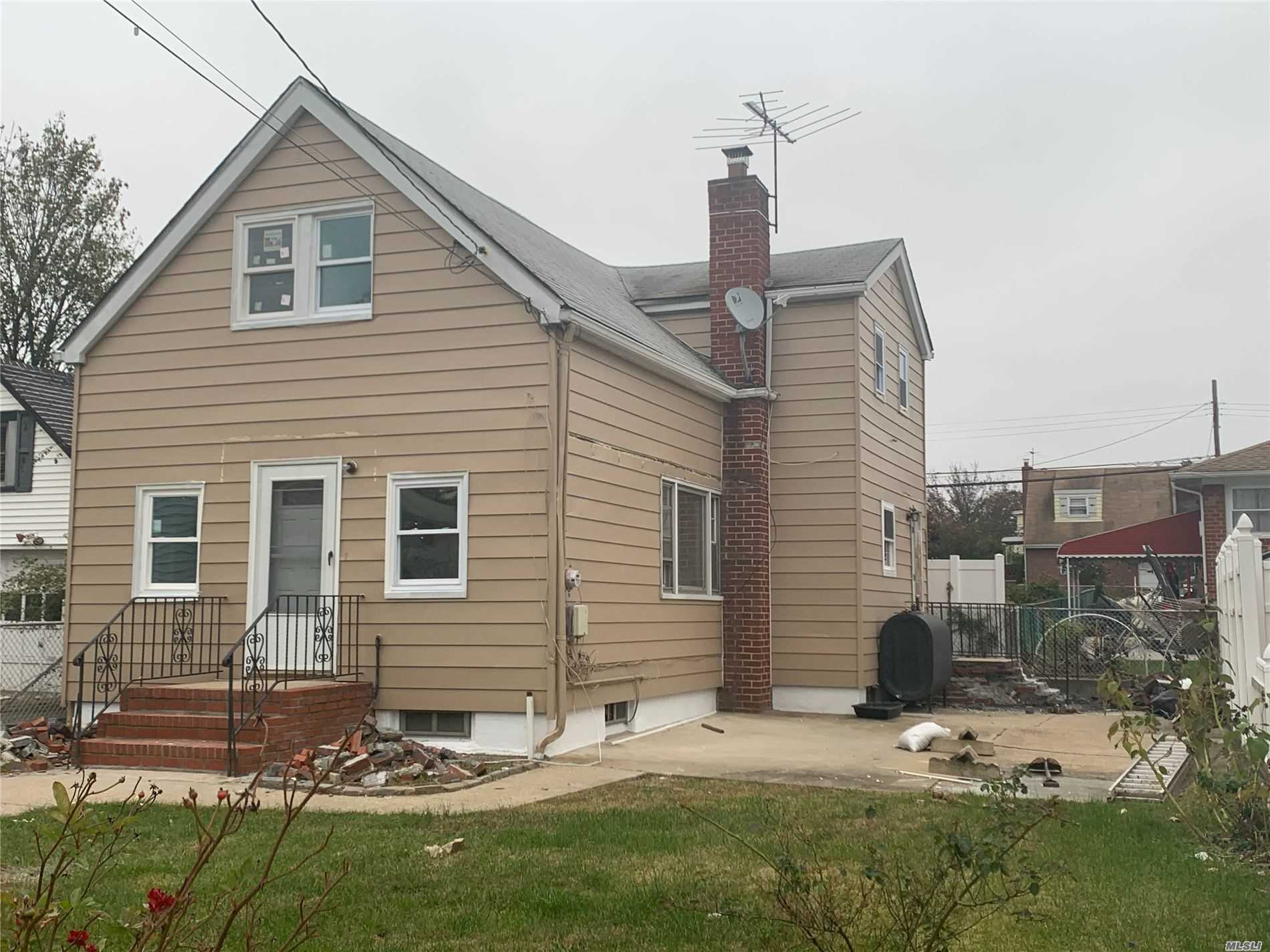 Photo of home for sale at 345 Keller Ave, Elmont NY
