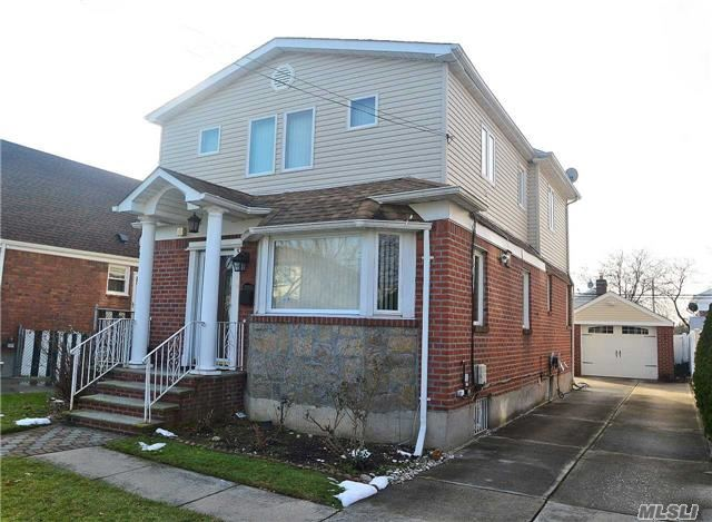 Property for sale at 83-12 259th St, Floral Park,  NY 11004