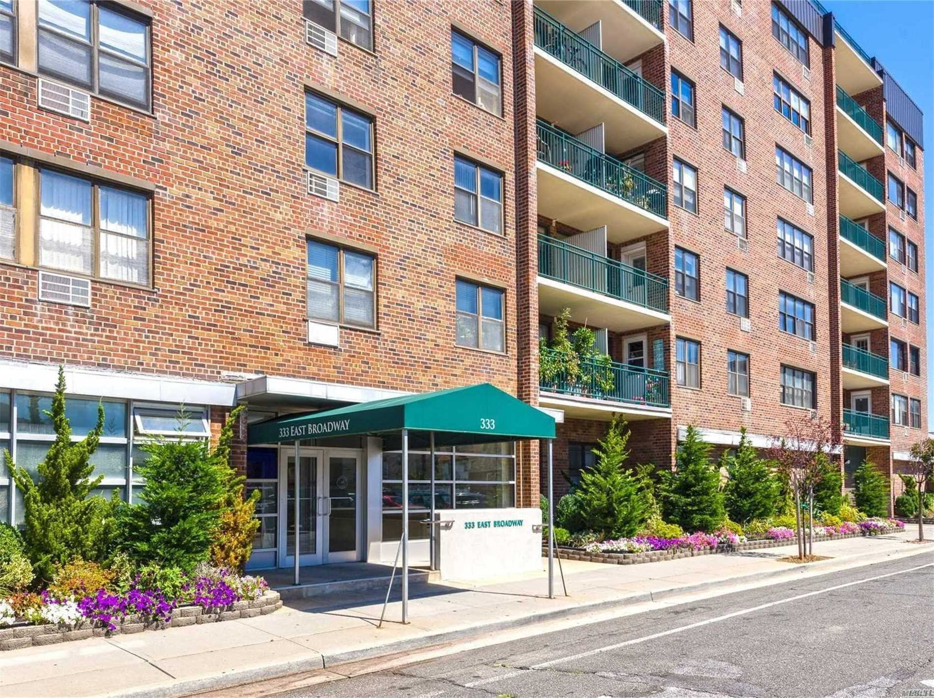 Property for sale at 333 E Broadway Unit 2L, Long Beach,  New York 11561