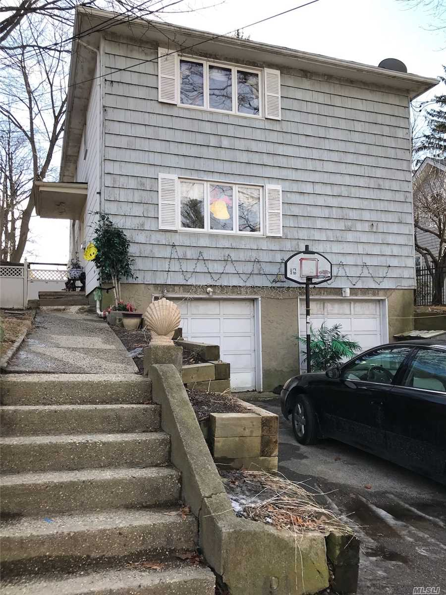 Photo of home for sale at 18 Craft Ave, Glen Cove NY