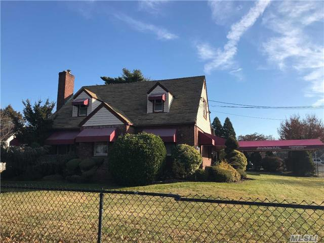 Photo of home for sale at 451 Uniondale Ave, Uniondale NY