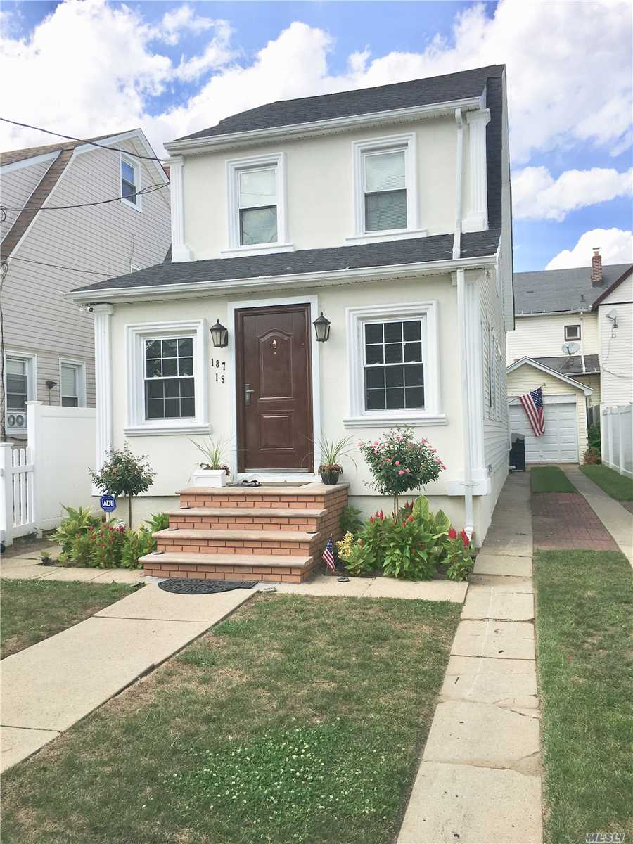 Photo of home for sale at 187-15 104th Ave, St. Albans NY
