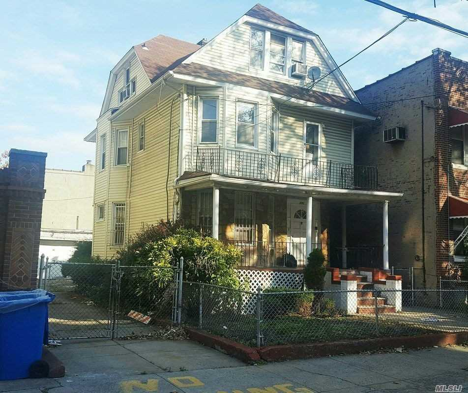 Photo of home for sale at 895 Lenox Rd, Brooklyn NY