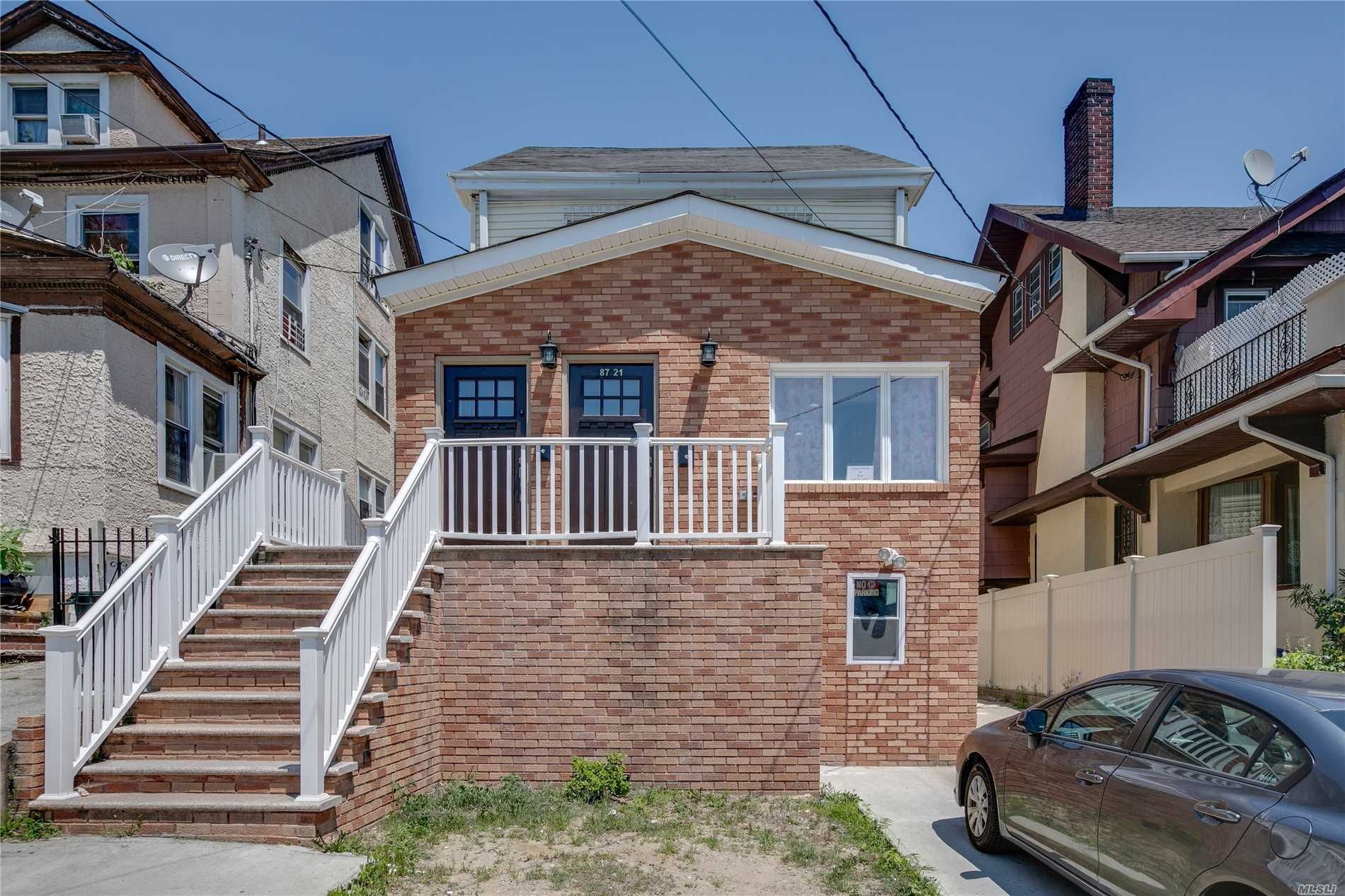 Photo of home for sale at 87-21 168th Pl, Jamaica Hills NY