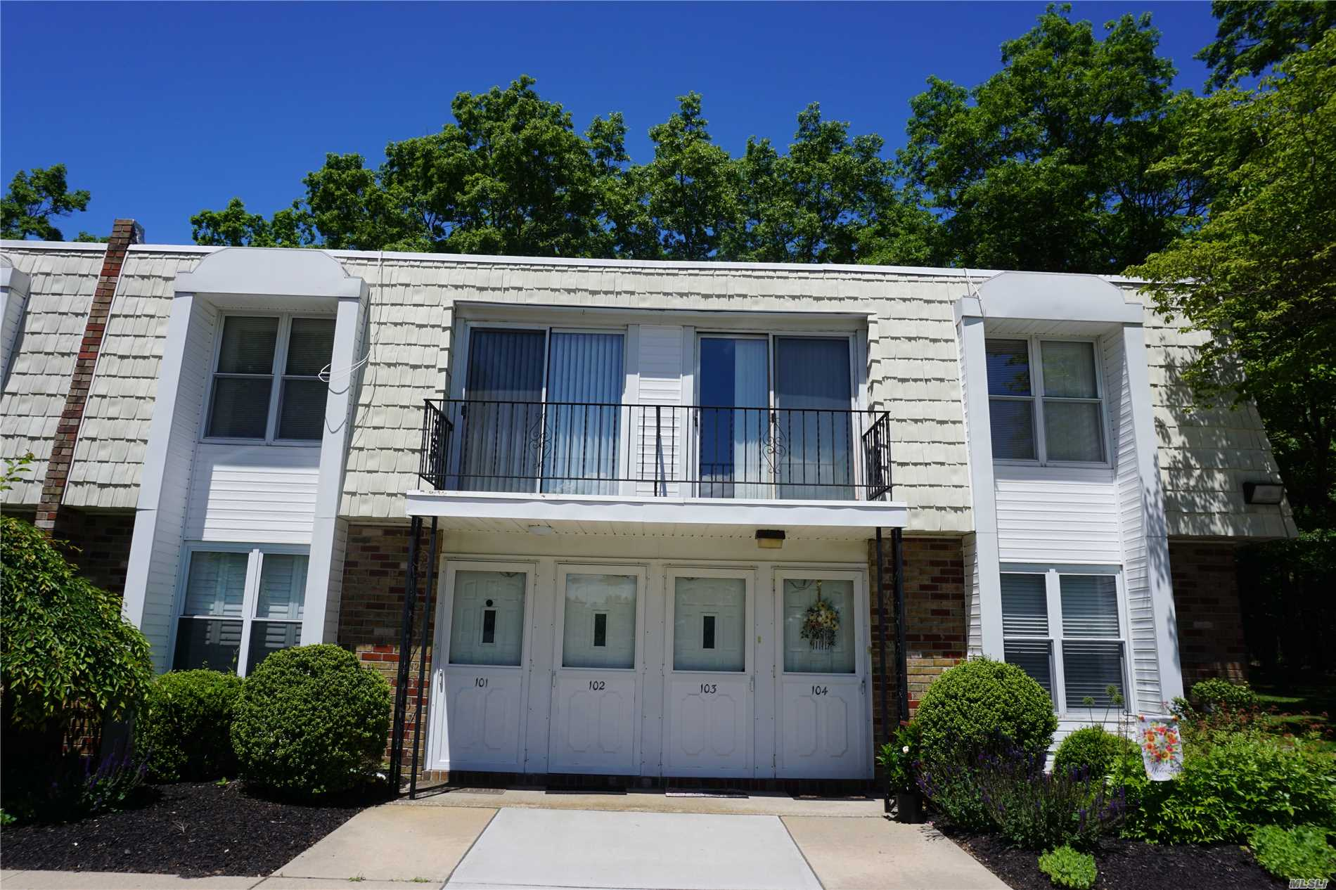 Photo of home for sale at 69 Rocky Pt.Yaphank Rd, Rocky Point NY