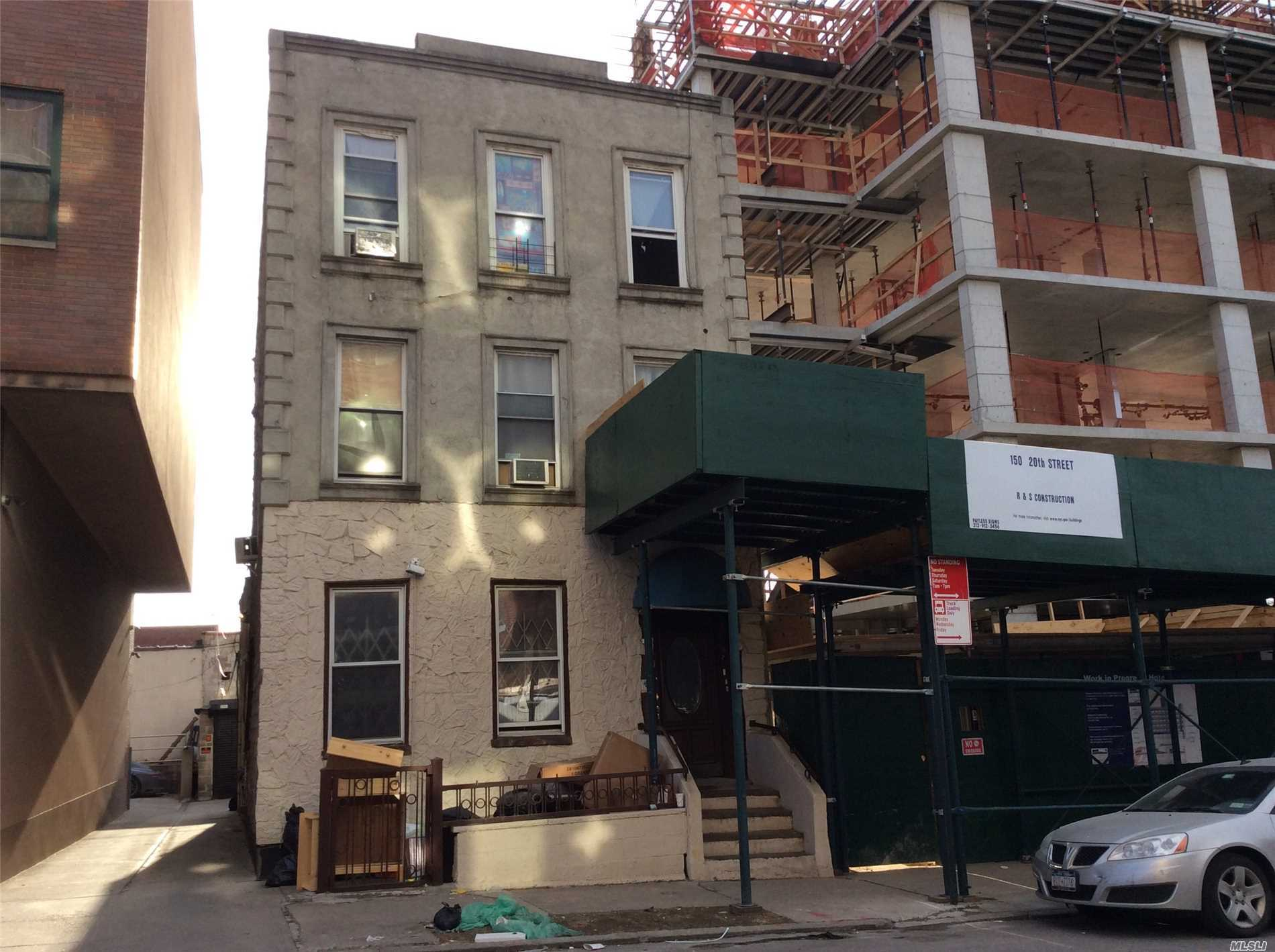 Photo of home for sale at 160 20th Street, Brooklyn NY