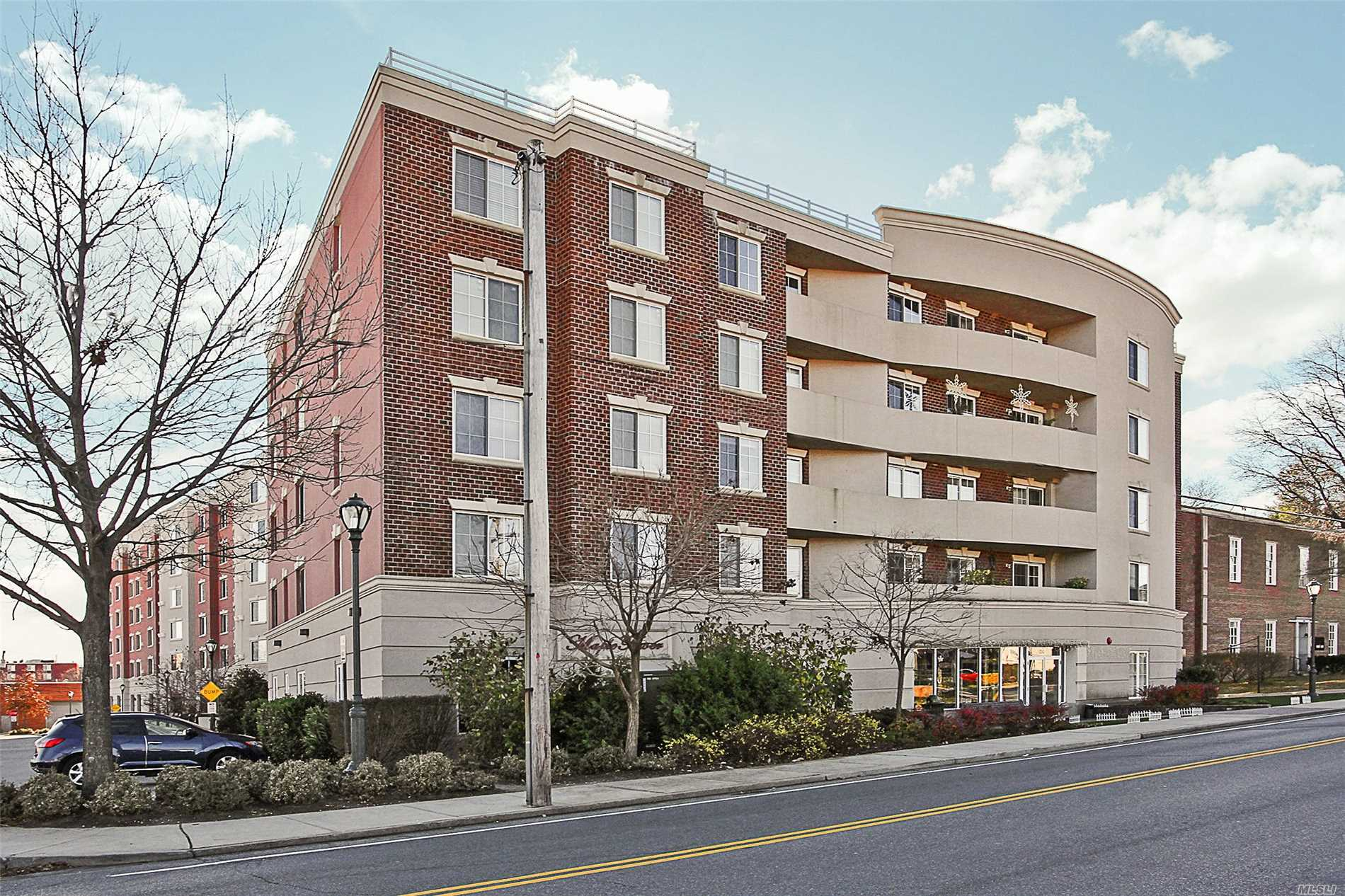 Property for sale at 242 Maple Ave, Westbury,  NY 11590