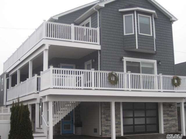 Photo of home for sale at 127 Maple Blvd, Long Beach NY