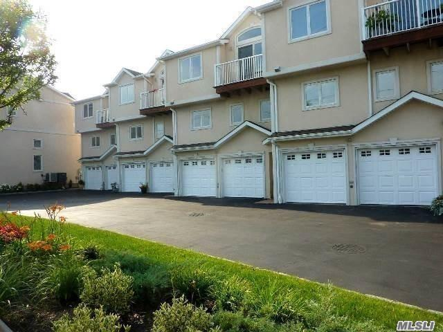 Photo of home for sale at 775 Park Ave W, Long Beach NY