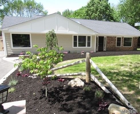 Photo of home for sale at 306 Terry Rd, Smithtown NY