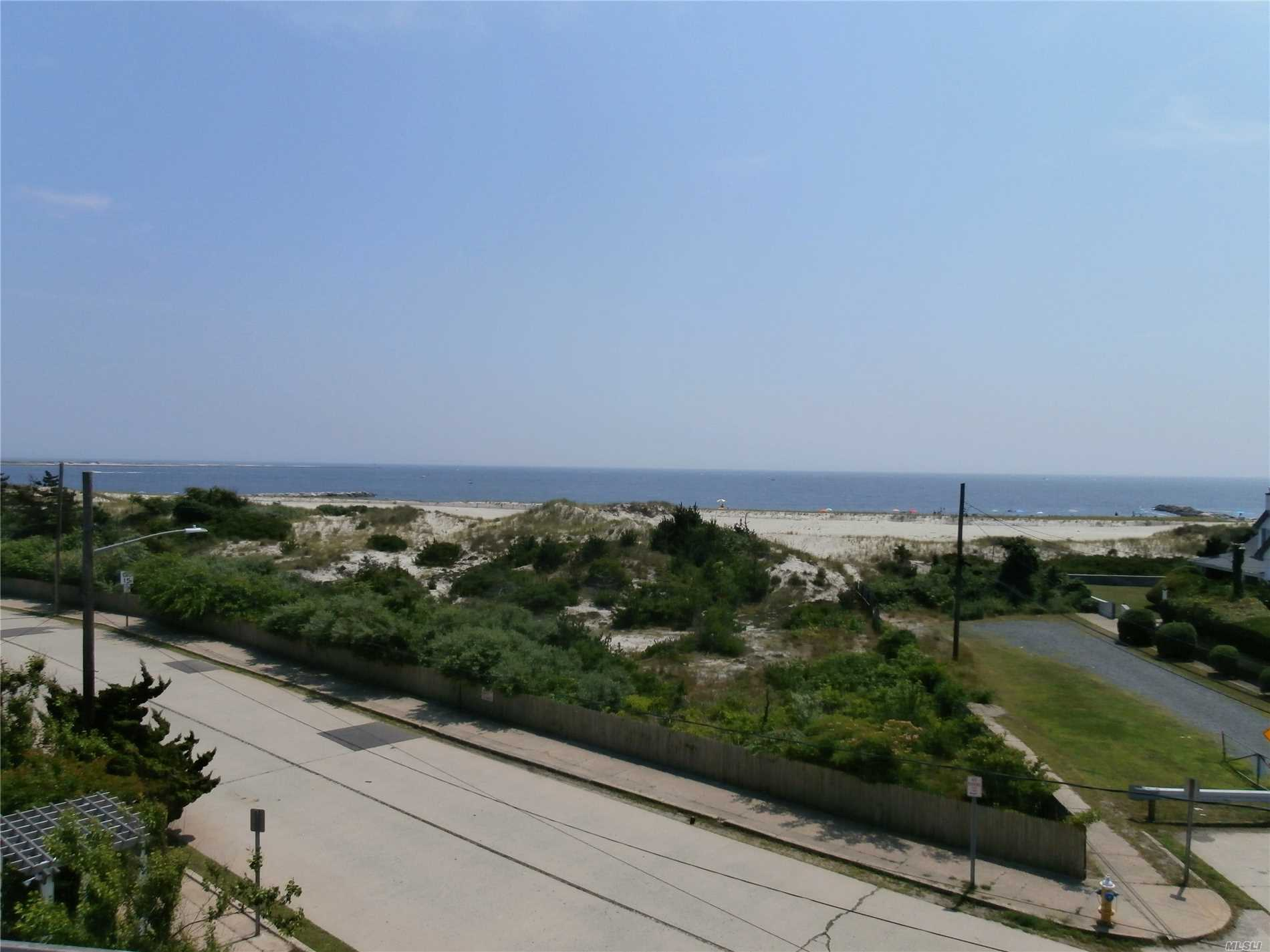 Photo of home for sale at 1 Ocean Blvd, Point Lookout NY