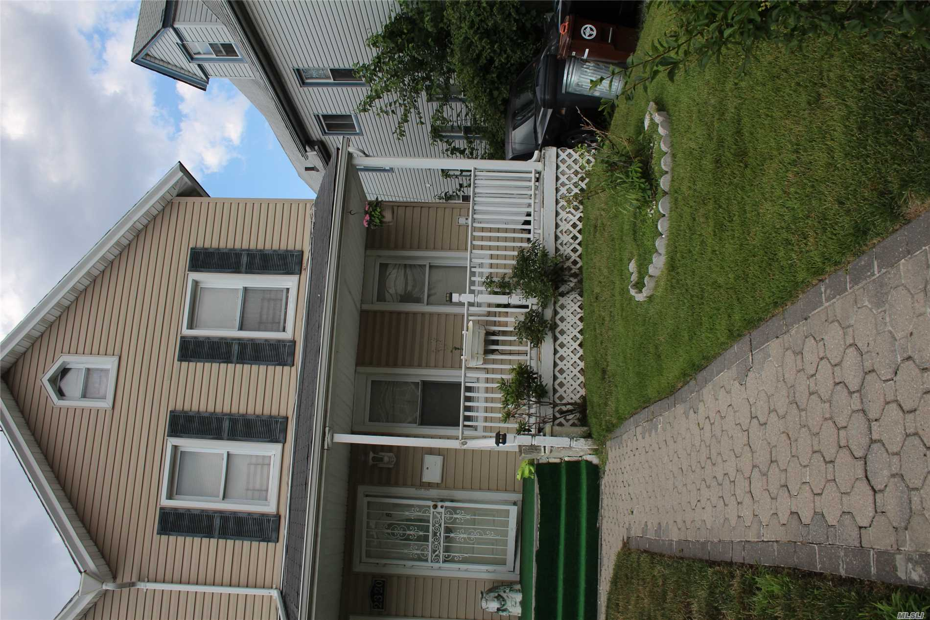 Photo of home for sale at 23-20 Healy Ave, Far Rockaway NY