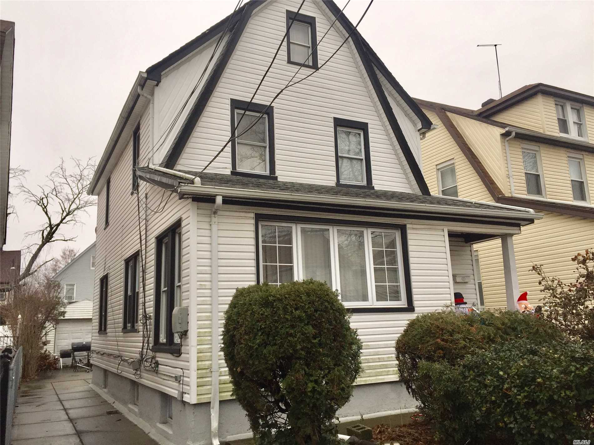 Photo of home for sale at 216-20 111Th Ave, Queens Village NY