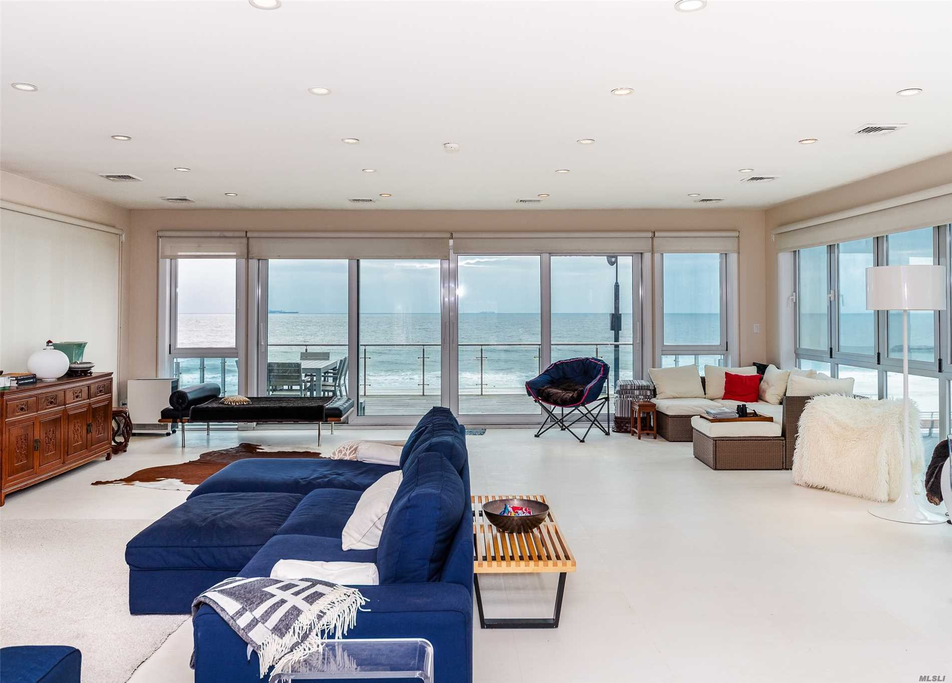 Photo of home for sale at 470 Oceanfront, Long Beach NY