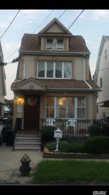 Photo of home for sale at 149-41 18 Ave, Whitestone NY