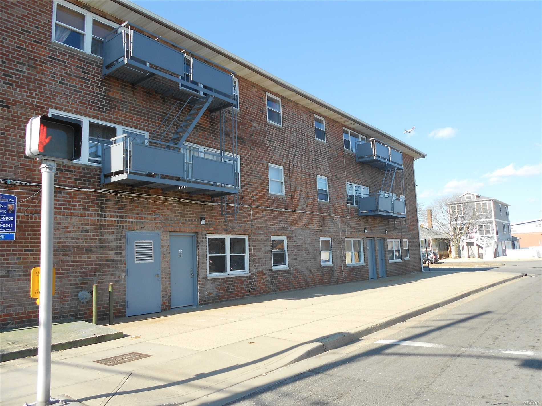 Photo of home for sale at 102 Hudson St W, Long Beach NY