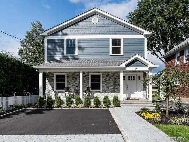 Photo of home for sale at 39 Fairview Ave, Port Washington NY