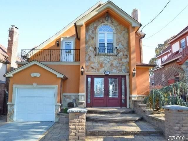 Photo of home for sale at 13-23 146 St, Whitestone NY