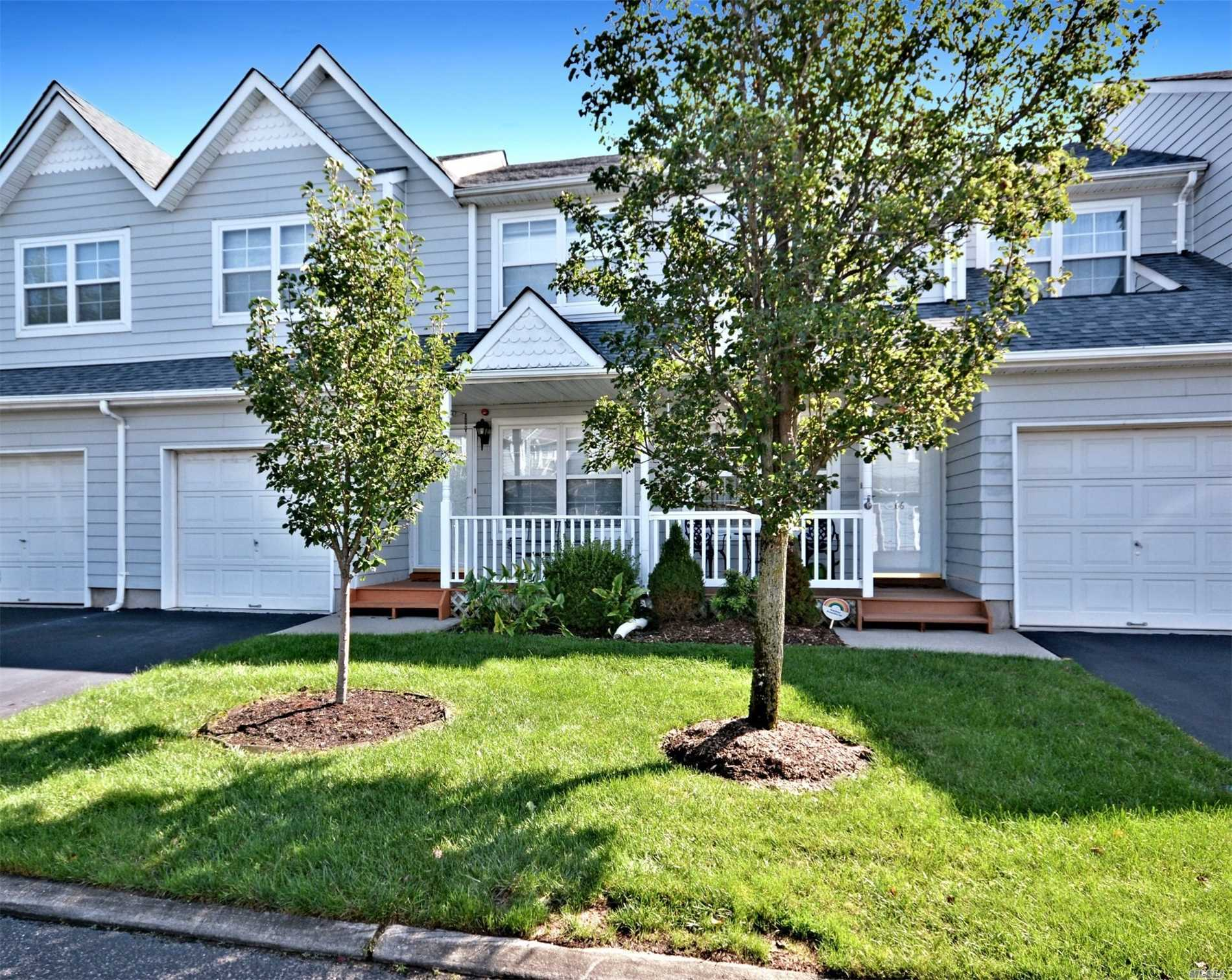 Property for sale at 68 Pleasantview Dr, Central Islip,  NY 11722